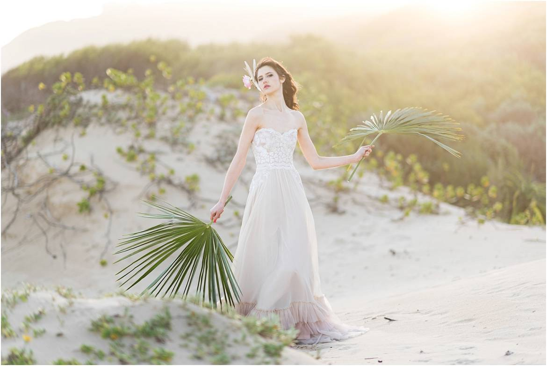 samanthaclifton-bloomingbeach-weddinginspiration-017